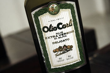 Olio Carli Olivenöl Flasche