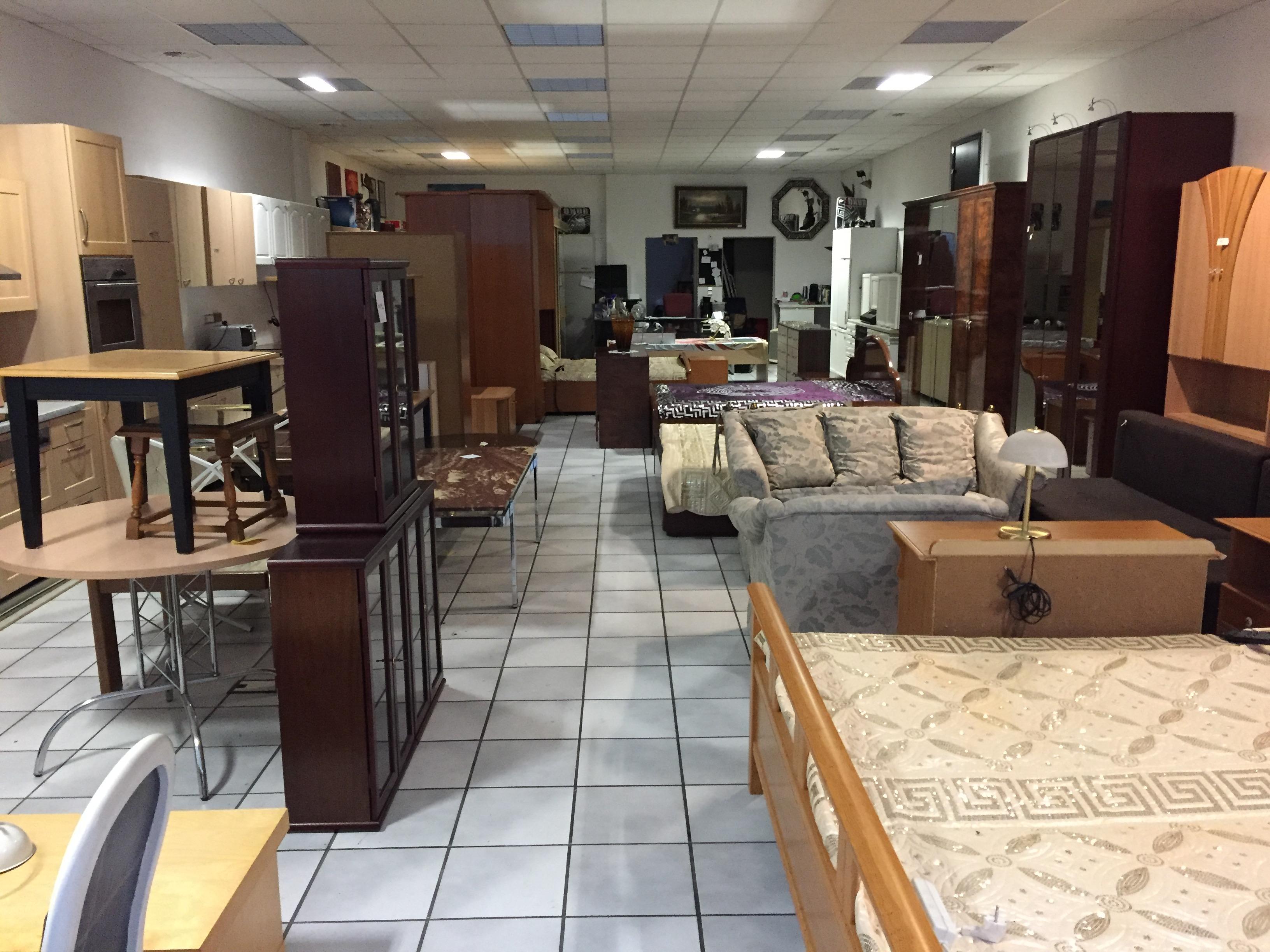 Die »Möbeltruhe Herne« – gebrauchte Küchen und Möbel Geschäft ...